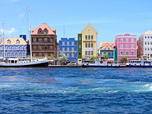 Willemstad, capital of Curacao. (Photo by Wikipedia and Mtmelendez)
