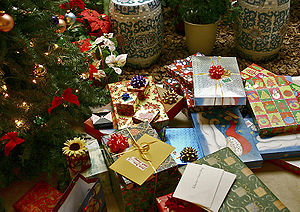 Picture of Christmas gifts courtesy of Wikipedia and Kkmd