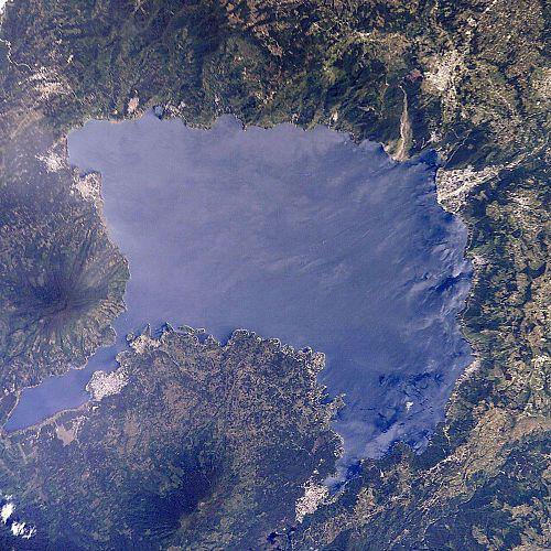Lake Chapala and Aiijic retirement communities