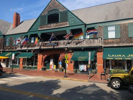 Newport retirement communities
