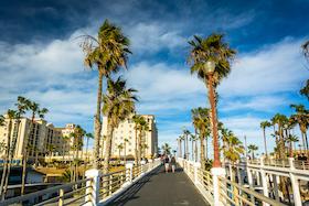 Oceanside retirement communities